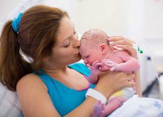 Czy taki guz na głowie noworodka to coś groźnego? - wyjaśnia neonatolog