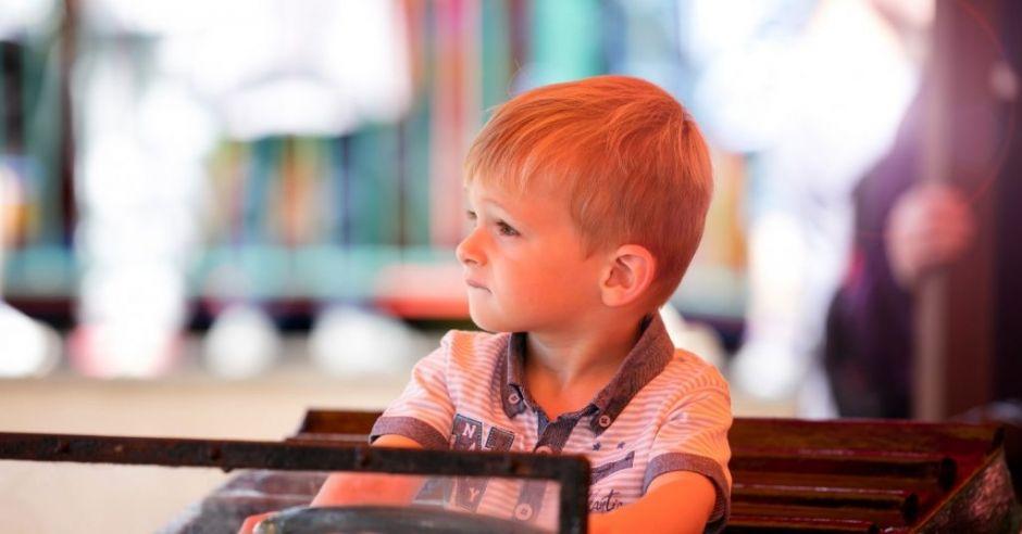 Handel dziećmi w internecie kwitnie