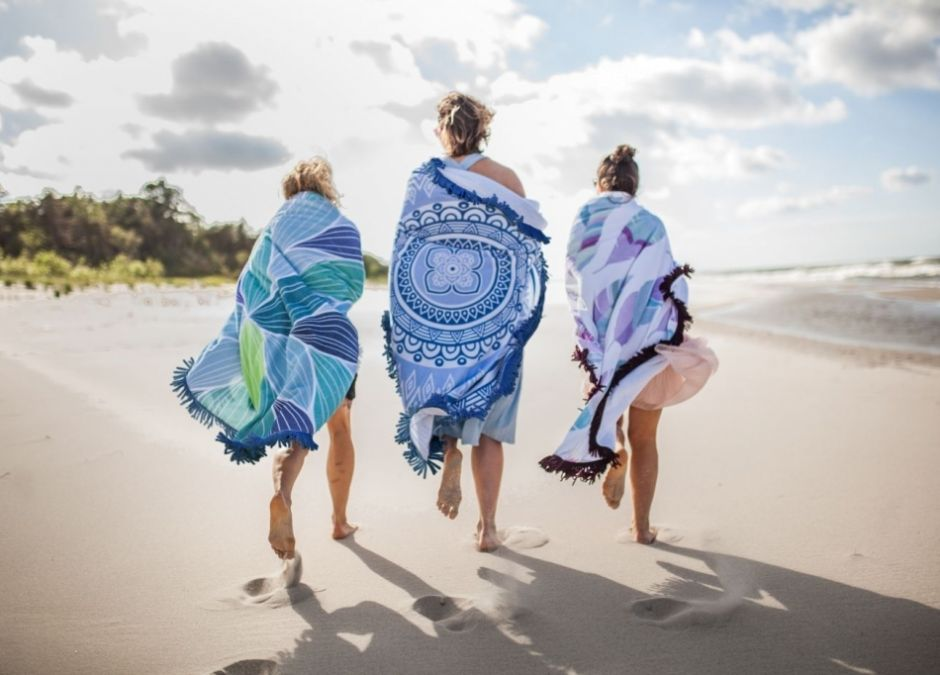 hugme.com.pl ręczniki plażowe okrągłe modne ok. 209zł za sztukę.jpg