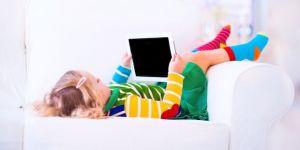 ile czasu może dziecko spędzać przed ekranem