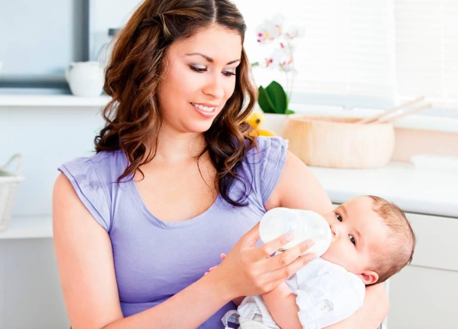 Ile powinien jeść noworodek?