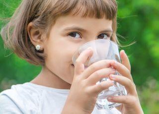 ile wody powinno pić dziecko