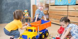 inteligencja emocjonalna - dzieci uczą się dzielić
