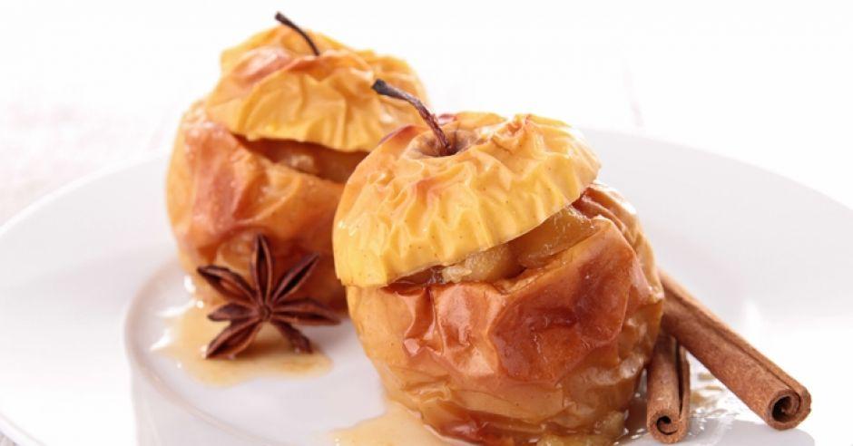 desery dla dzieci pieczone jabłka