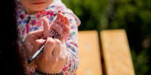 jak nie zgubić dziecka, podpisywanie dziecka