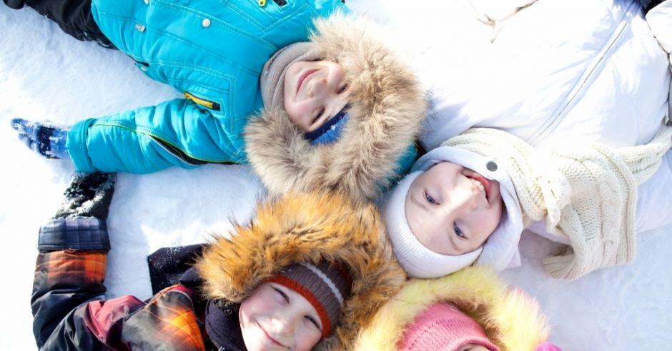 jak ubrać dziecko na zimę