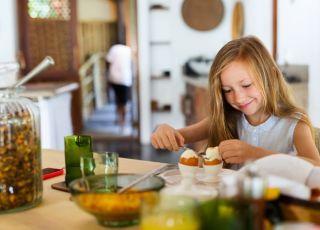 Jak ugotować dziecku (i sobie) idealne jajko na miękko?