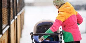 Jak wygląda spacer z dzieckiem zimą
