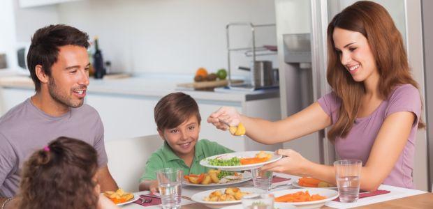 jak zachęcić dziecko do jedzenia warzyw