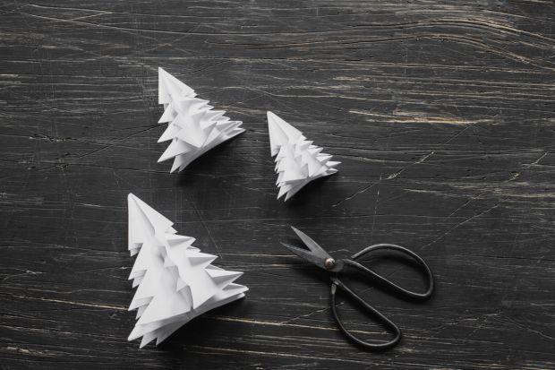 jak zrobić choinkę z papieru - krok 11