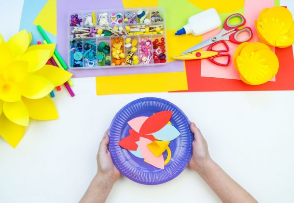 Maski karnawałowe dla dzieci: materiały do zrobienia maski