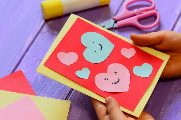 jak zrobić zaproszenie na urodziny dziecka - serca