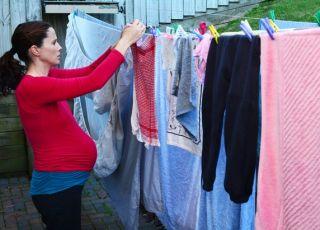 Tych prac domowych nie wolno wykonywać w ciąży!