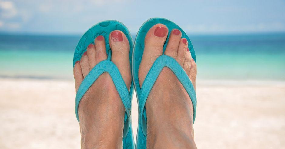 Japonki, stopy, plaża, wakacje, odpoczynek