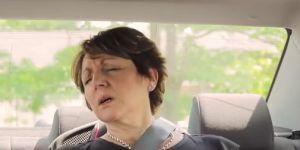 kadr z filmu Hot Car Challeng