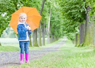 7 pomysłów na deszczowe zabawy