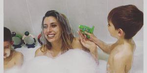 Kąpiel nago z dzieckiem