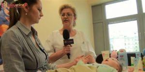 kąpiel niemowlęcia, film