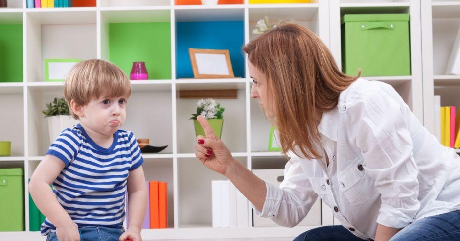 karanie dziecka, niegrzeczne dziecko