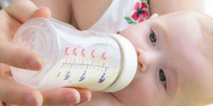 karmienie butelką, niemowlę, butelka, pić, mama
