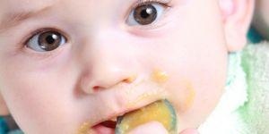 karmienie dziecka, biegunka u dzieci, biegunka u niemowląt, dieta w czasie biegunki