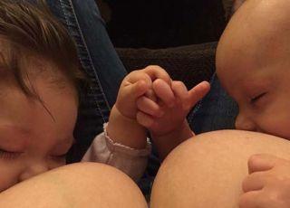 Karmiła piersią cudze dziecko i zablokowano jej konto ma Facebooku