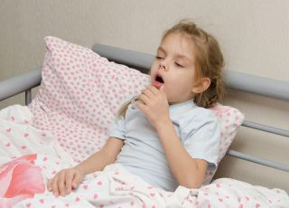 Szczekający kaszel u dziecka - jak go leczyć?