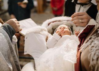 kiedy ochrzcić dziecko