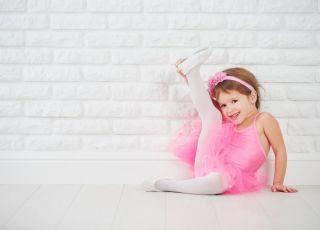 Dlaczego warto zapisać 3-latkę na balet? Jest wiele powodów!