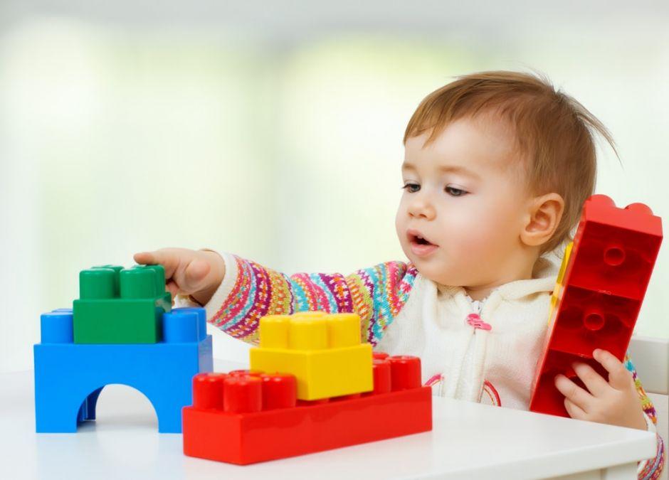 klocki dla małego dziecka