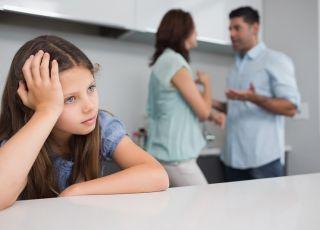 kłótnia, rodzinna kłótnia, dziecko, sprzeczka, rozmowa, smutek