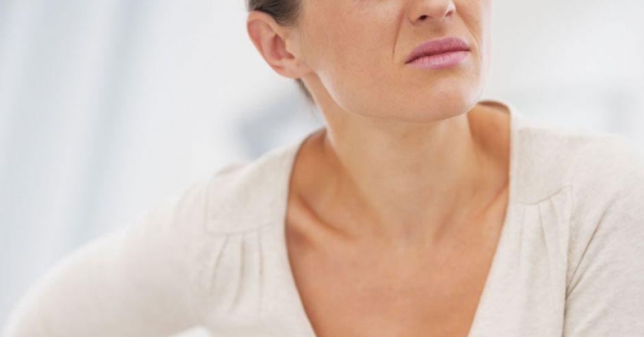 kobieta, ból brzucha