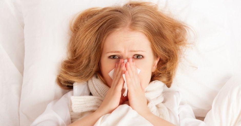 kobieta, choroba, przeziębienie, katar