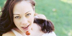 kobieta, ciąża, jedzenie