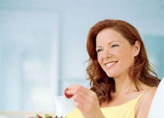kobieta, ciąża, jedzenie, witaminy, owoce