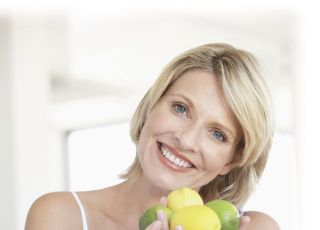 kobieta, ciąża, owoce, cytrusy, kuchnia