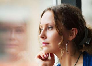 kobieta i smutek