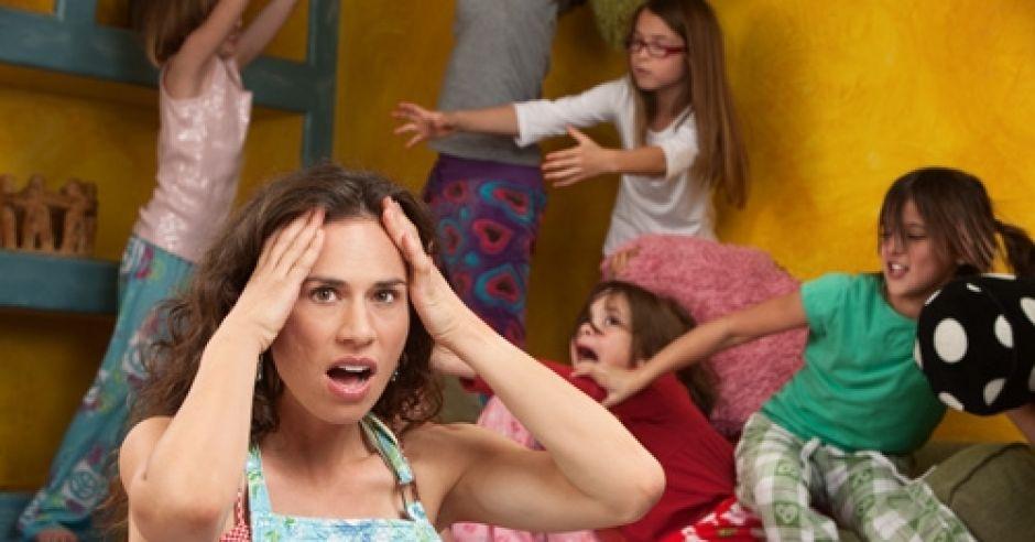 kobieta, mama, dzieci, szaleństwo