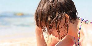 kobieta, plaża, emocje, smutek