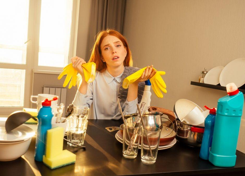 kobieta przestała sprzątać