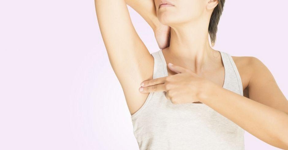 kobieta, samobadanie piersi, węzły chłonne