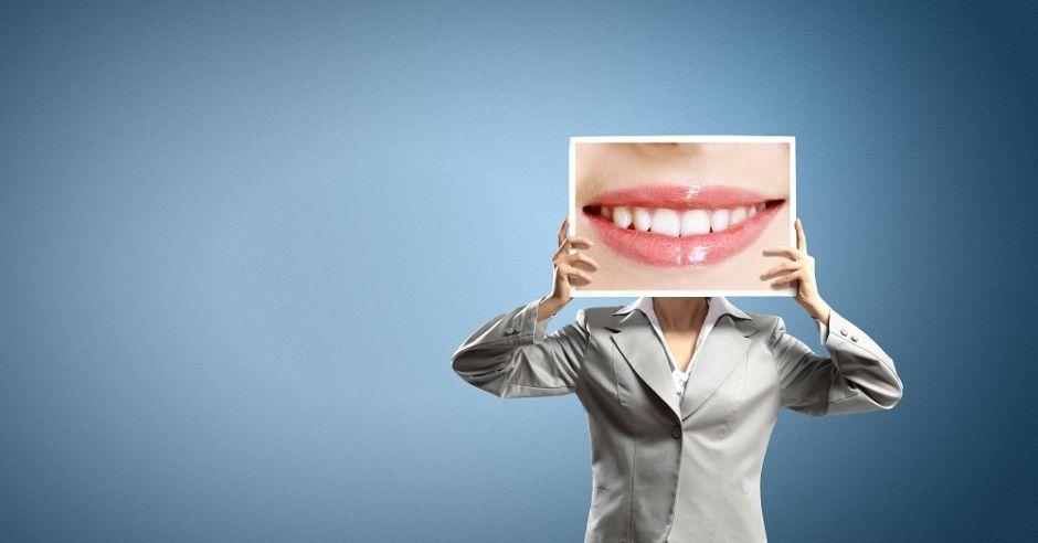kobieta, uśmiech, zęby