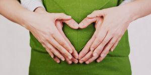 kobieta w ciąży, ciąża, rodzice, miłość, emocje