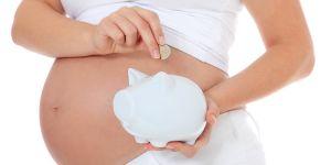 kobieta w ciąży, pieniądze, ciąża, oszczędności