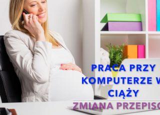 Kobieta w ciąży przy komputerze
