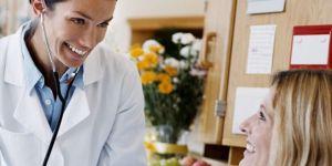 kobieta w ciąży, szpital, skurcze macicy w ciąży, poród przedwczesny, badania w ciąży