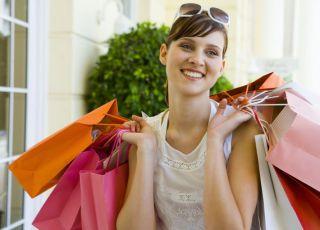 kobieta, zakupy, torby, uśmiech