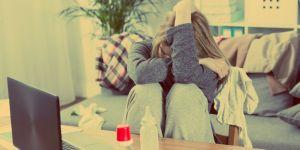 Kobiety po urodzeniu dziecka czują się samotne