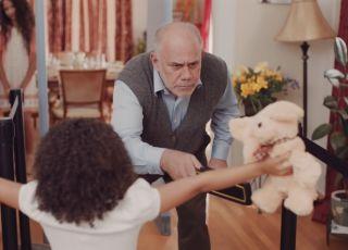 Jak budować więzi rodzinne? Ten film rozbawił nas do łez!