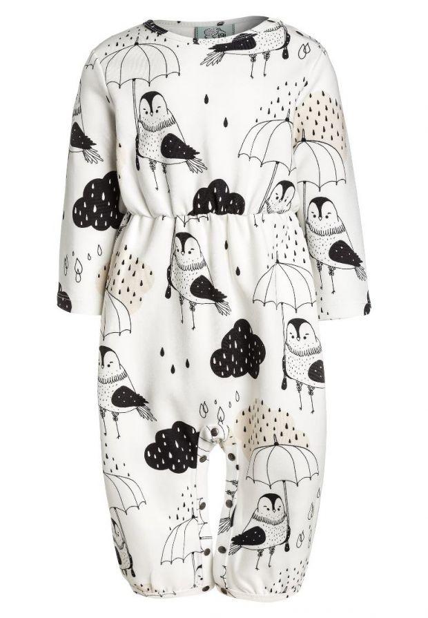 modne ubranko dla dziecka z ptaszkiem i deszczem rysunkowe